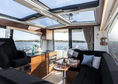 Nimbus 365 _ Balearic Yacht club pop